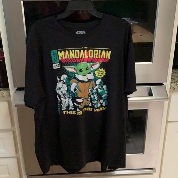 "Star Wars 2XL ""The Mandalorian is the way"" T-shirt"
